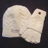 Alpaca Hat and Glove Set - Texting Hooded Glove
