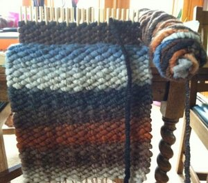 Peg Loom Weaving Cl